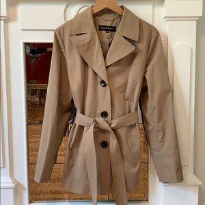 NWOT Ellen tracy trench/rain coat